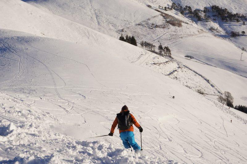 Ski-ing on West Kip